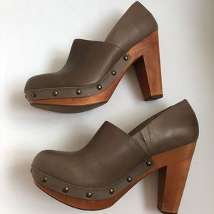 Anthropologie Fiel Dardenne Heeled Clog in Taupe